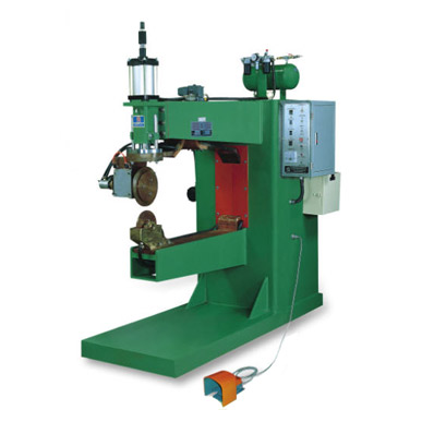 Vertical Seam Welder for Truck Oil Tank